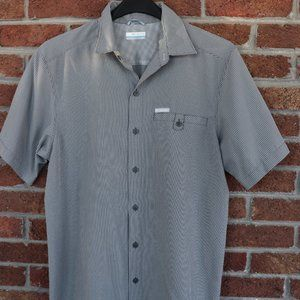 Mens Columbia Shirt * Size Small * Black / White